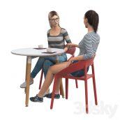 آبجکت زن نشسته